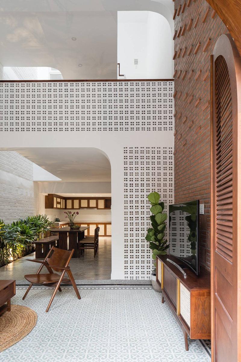 Thiết kế phòng khách nhà phố 2 tầng
