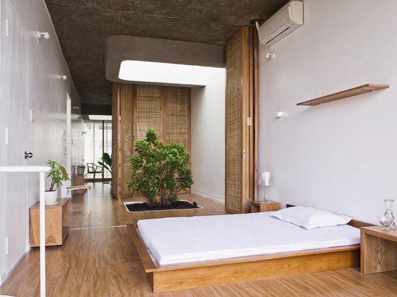Phòng ngủ có thiết kế mở tối đa theo phong cách tối giản đậm chất dân dã.