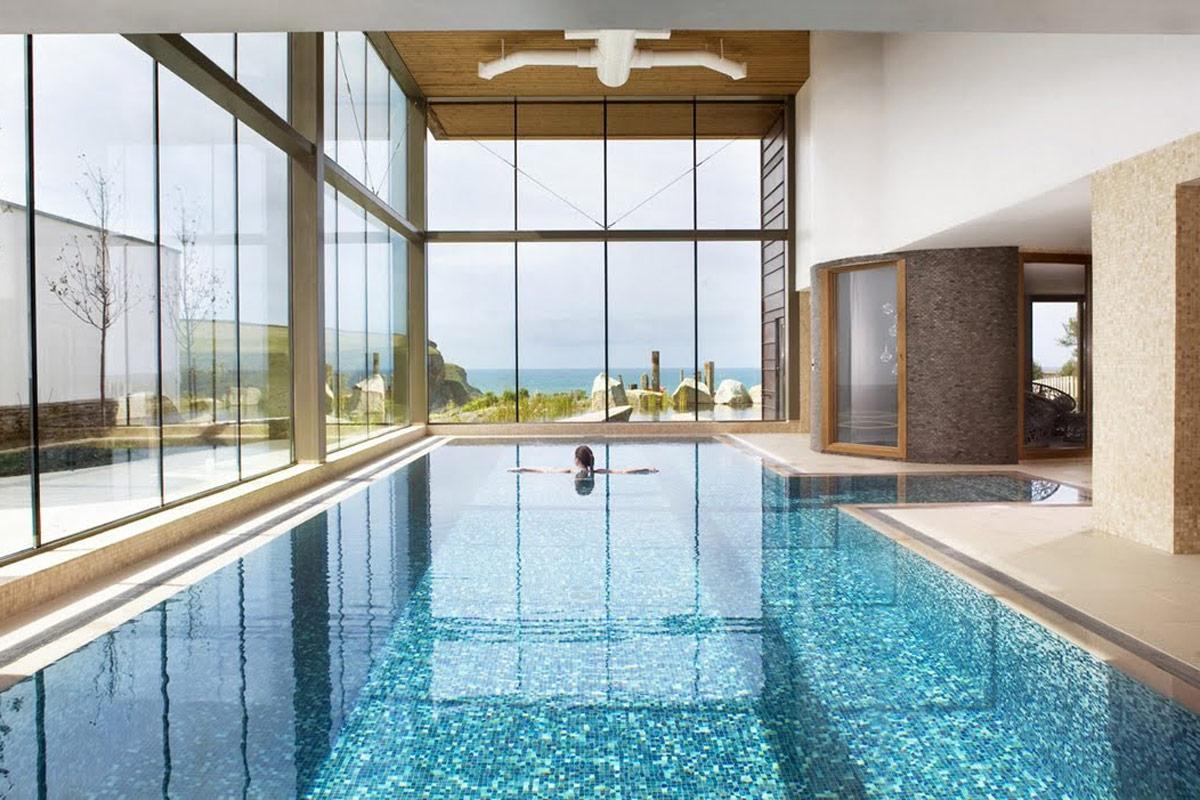 Thiết kế biệt thự có hồ bơi cao cấp