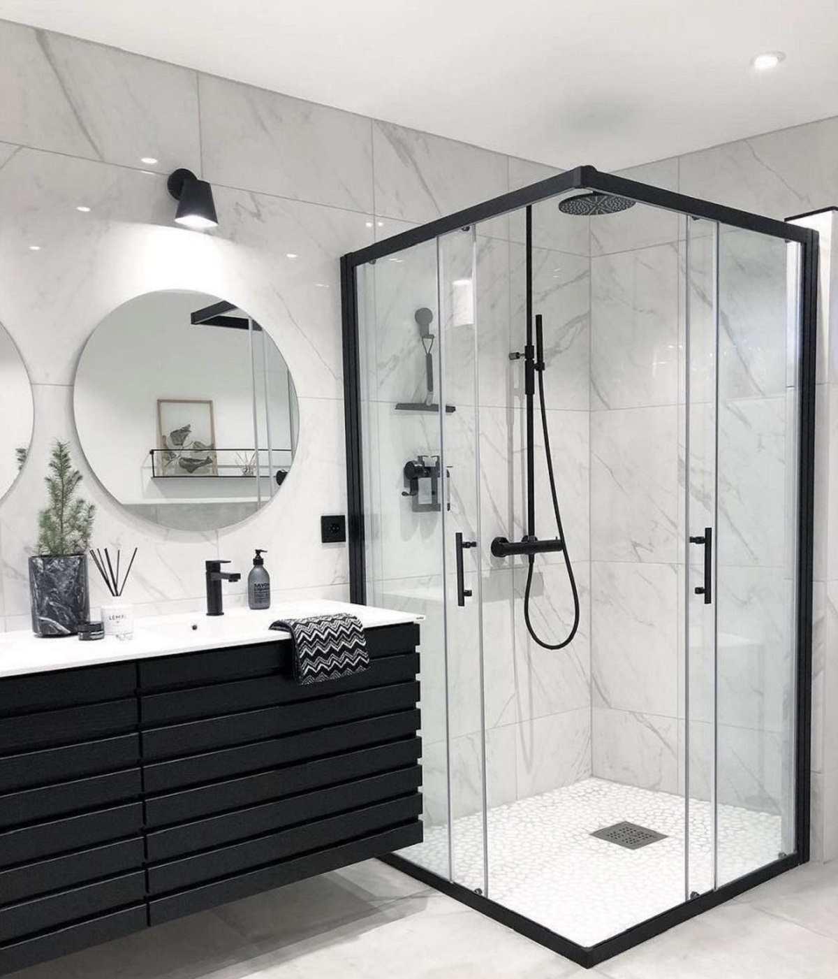 Thiết kế nhà vệ sinh nhà phố đẹp hệ thông kính hiện đại